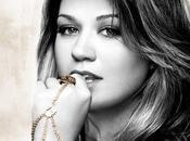 Kelly clarkson 'stronger' album cover