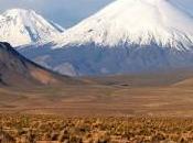 Sfere luce fuoriescono vulcano Parinacota