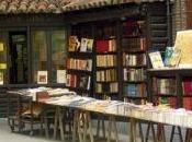 libreria inutile senza suoi scaffali