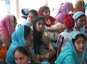 Sikh padani Grana padano. Viaggio immigrati indiani Lombardia