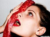 Scandalo Mischa Barton Tyler Shields: Carne Cruda