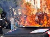 Scene violenza alla manifestazione degli 'indignati', un'offesa nostra Costituzione
