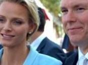Alberto Monaco Charlene Wittstock sorridono finalmente felici.