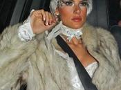 Alessandra Ambrosio cigno bianco Halloween 2011