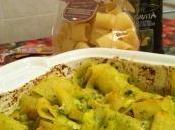 Mezzi paccheri forno pesto zucchine