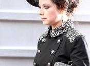 Michelle Trachtenberg vestita come Kate Middleton Gossip Girl