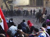 Almeno morti piazza Tahrir Cairo. Stamane nuovi scontri. L'incubo della guerra civile
