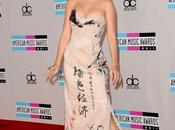 Celebrity Nail Star Katy Perry goes nude!