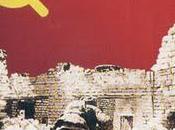 Riecco comunisti. Vestiti clown sempre comunisti