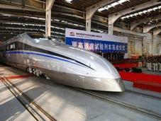 Cina lancia nuovo treno altissima velocità