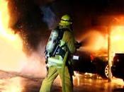 Piromani attaccano Hollywood: incendi, bruciate auto anche casa dove abitava frontman Doors Morrison. Taglia 60mila dollari