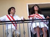 Caterina balivo gonnellina balcone foto basso creano fantasie...
