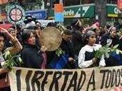 Pinochet vivo lotta insieme noi. Firmato: governo cileno.