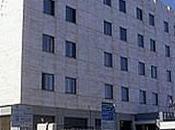 secondo cadavere trovato oggi lungomare Bari: uomo ucciso moglie albergo suicidato sulla spiaggia