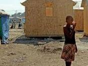 """Down with thieves"", scrivono muri d'Haiti"