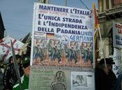Manifestazione leghista: Bandiera italiana rimossa 'ordine pubblico'