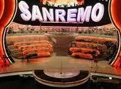 """Sanremo: """"come possiamo aiutarlo""""?"""