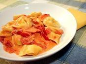 Tortelloni ripieni rucola prosciutto cotto, sughetto pomodori freschi