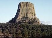 Torre Diavolo, visibile talvolta chilometri distanza, serviva punto riferimento pionieri momento della corsa verso l'ovest.