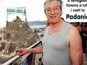 Ritorno alla grande Bossi: Berlusconi pena ferragosto faremo Padania