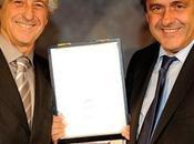Gianni Rivera riceve premio UEFA Platini