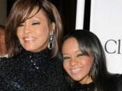 figlia Whitney Houston afferma vedere fantasma della madre