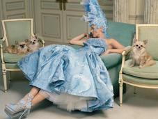 Kate Moss indossa l'haute couture Ritz Paris