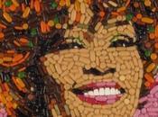 Jason Mecier mosaici Whinehouse Whitney Houston